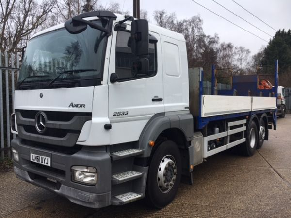 Used MERCEDES BENZ AXOR in Woking Surrey for sale