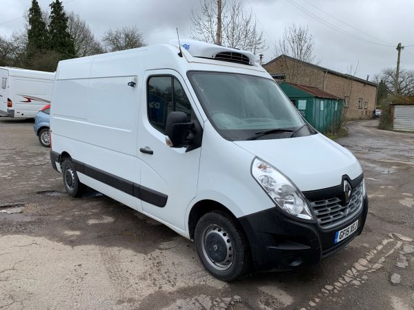 Used RENAULT MASTER in Woking Surrey for sale