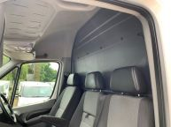 VOLKSWAGEN CRAFTER CR35 MWB HIGH ROOF 2.0 TDI BLUE TECH *6 SPEED!!! - 1310 - 13