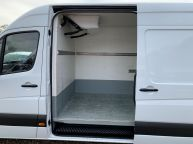 MERCEDES BENZ SPRINTER 313 CDI **FRIDGE / FREEZER WITH OVERNIGHT STANDBY** MWB HIGH ROOF  - 1196 - 16